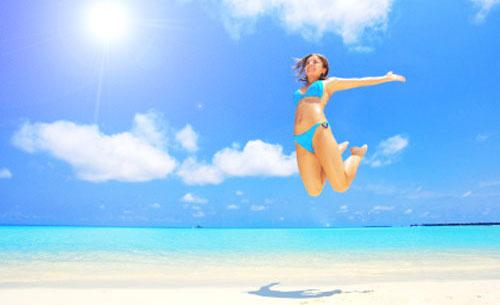 ragazza mare sole spiaggia