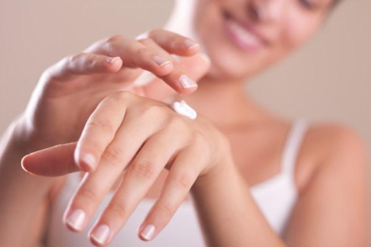 mani cura mani crema